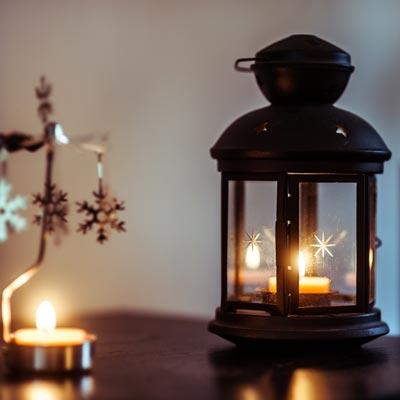 Mariage en hiver, photo de décoration, bougie