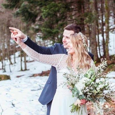 Mariage en hiver, séance de couple au lac des corbeaux