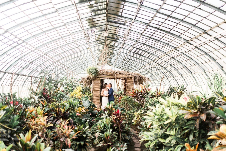 Séance de couple au jardin des Serres d'Auteuil