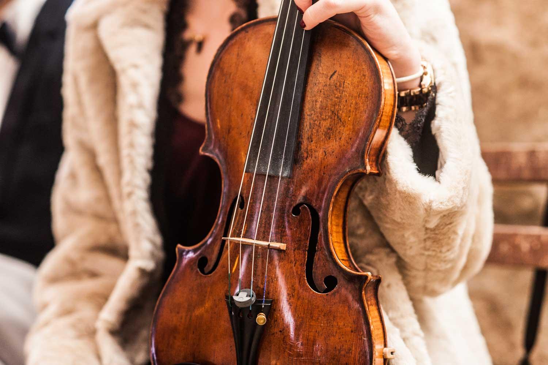 Cérémonie laïque, violon, Pommerieux à Busancy
