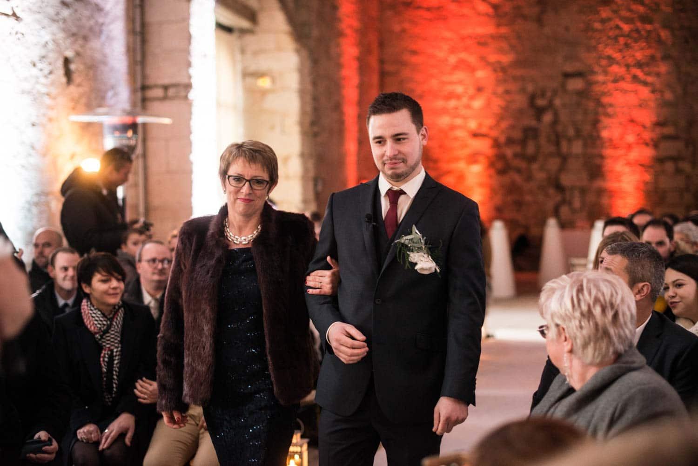 Entrée du marié, cérémonie laïque, Pommerieux à Busancy