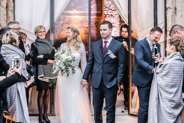 Sortie des mariés, cérémonie laïque, Pommerieux à Busancy