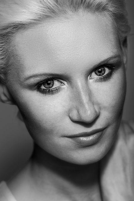 Portrait, séance studio avec Mégane