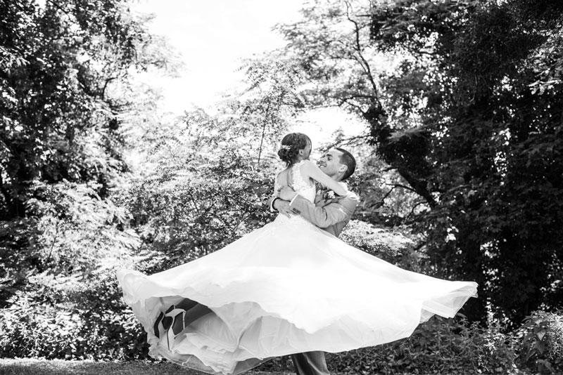 Bien choisir son photographe de mariage, séance de couple mariage